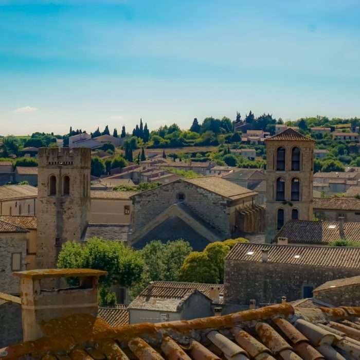 caunes-minervosi-abbaye -pays-catahre-carcassonne