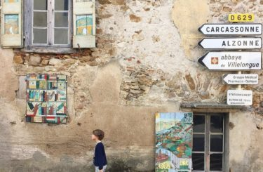 Balade à Montolieu village du livre près de Carcassonne dans l'Aude