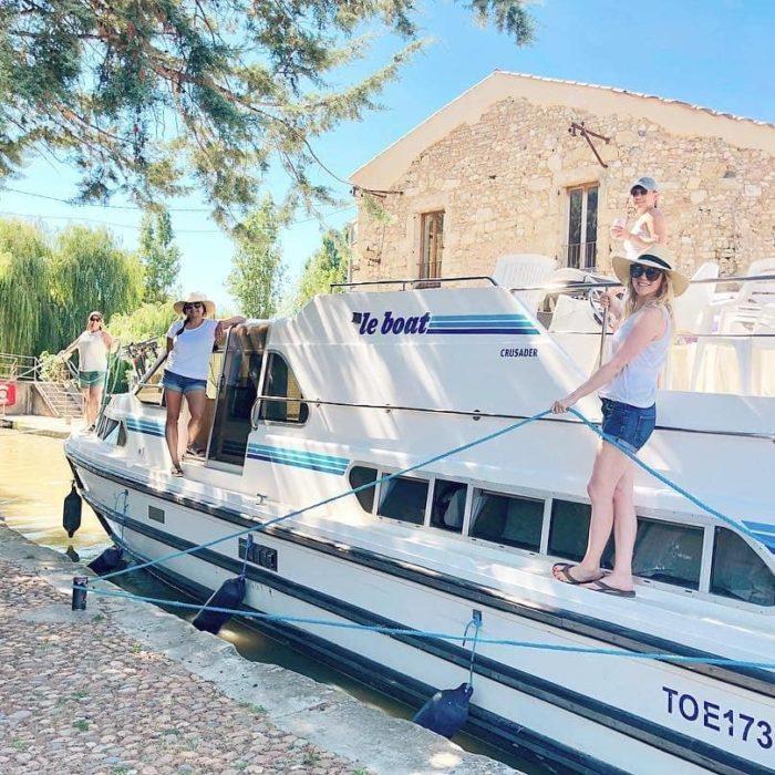 louer-bateau-canal-du-midi-carcassonne