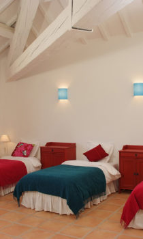 Kids-Bedroom-kid-firendly-location-vacances-carcassonne-chateau-canet