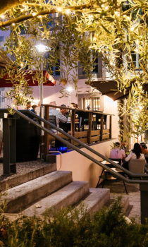terrasse-restaurane-carcassonne-le-verre-d-un
