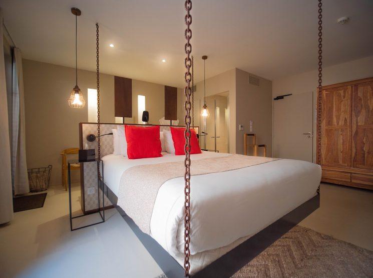 PONT LEVIS HOTEL