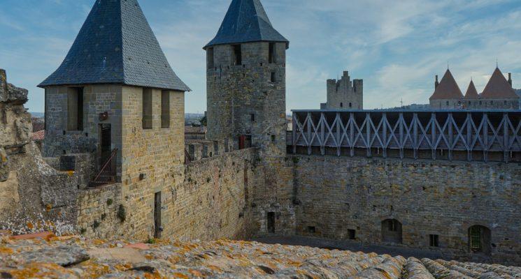 Château-Carcassonne-chemin-ronde