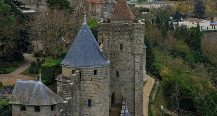 Château-Remparts-Carcassonne-remparts-ouest