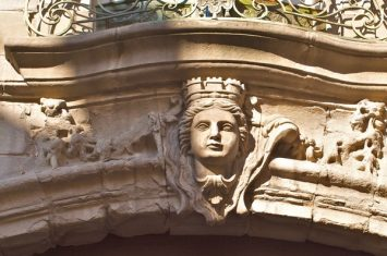 HOTEL DE ROLLAND