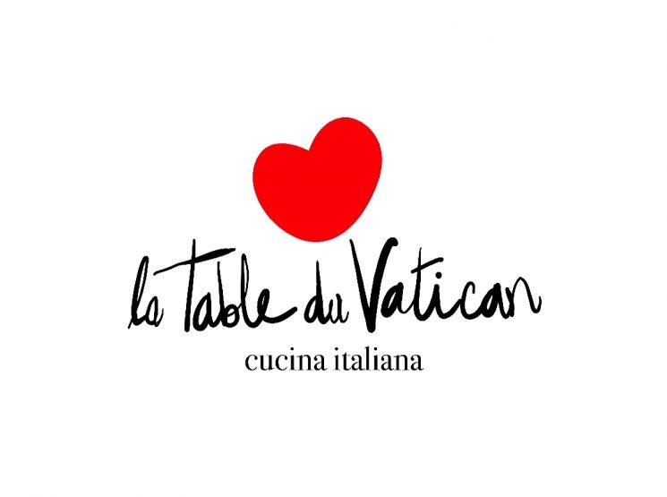LA-TABLE-DU-VATICAN-2