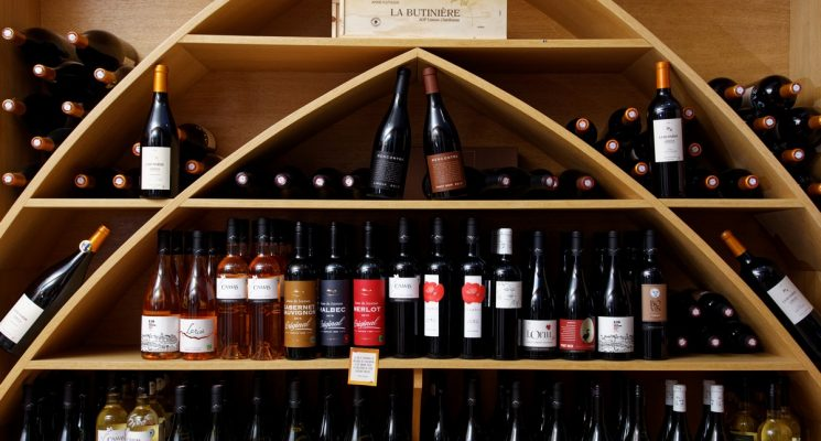 LE VERRE D'UN vins