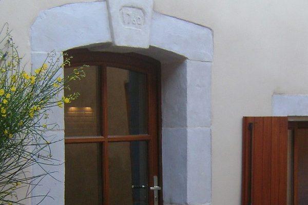 MAISON-DES-VENDANGES-PORTE