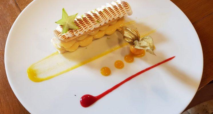 TABLE DU CHATEAU DE PENNAUTIER dessert