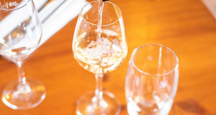 TABLE DU CHATEAU DE PENNAUTIER verre