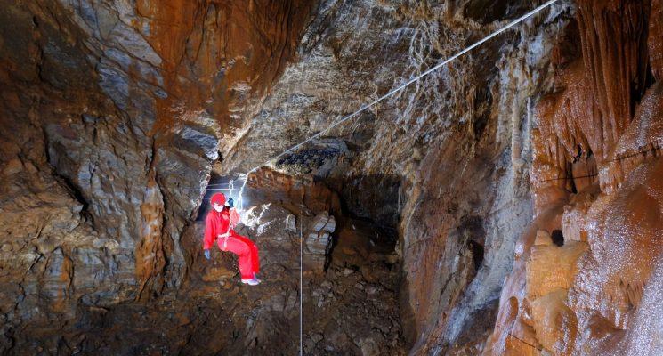 accro-grotte-Gouffre-de-Cabrespine
