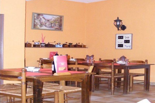 restaurant argent double Caunes